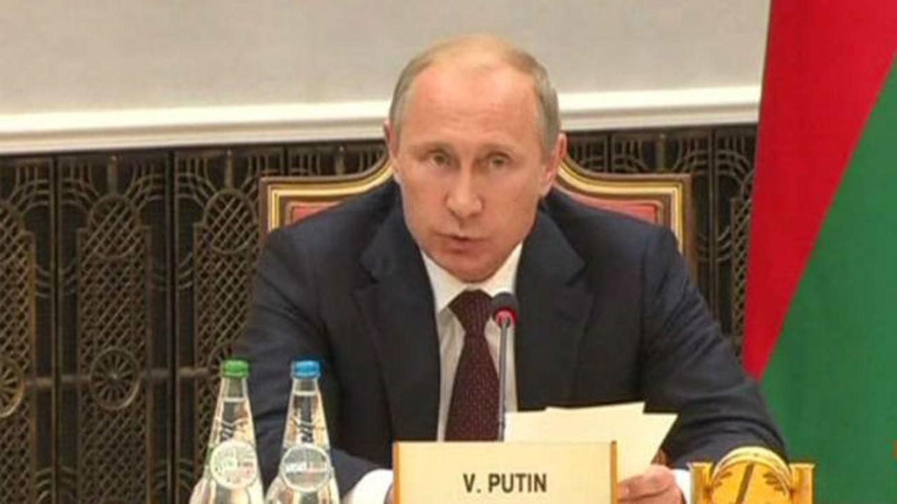 Putin llama a iniciar cuanto antes un proceso de paz en Ucrania