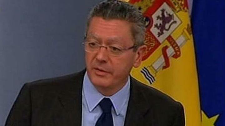Gallardón propone pasar de 17.621 a 22 aforados en España