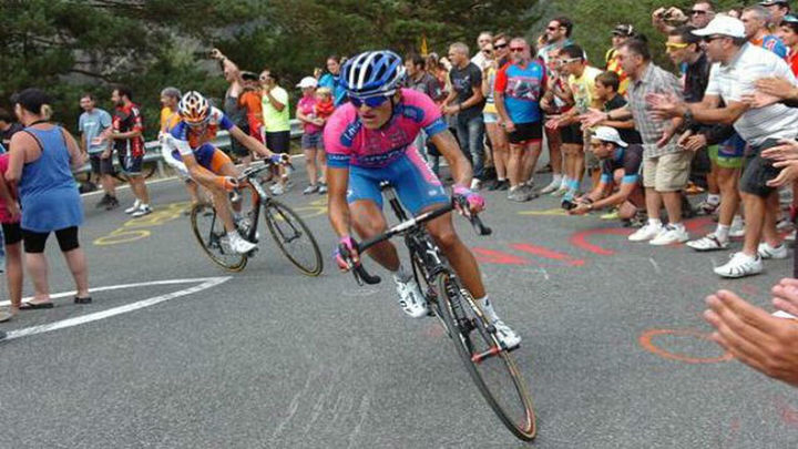 Vuelta: Anacona conquista Valdelinares, Quintana líder