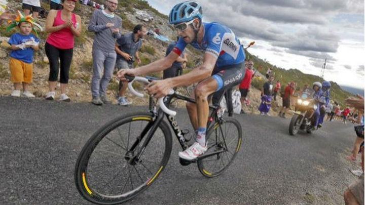 Vuelta: Gana Hesjedal y sufre Contador, pero aumenta su ventaja