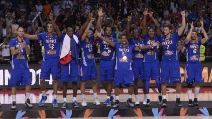 93-95. Batum da a Francia el bronce