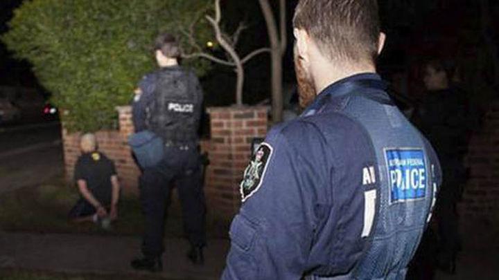 Detienen a 15 yihadistas que planeaban decapitar a civiles en Australia