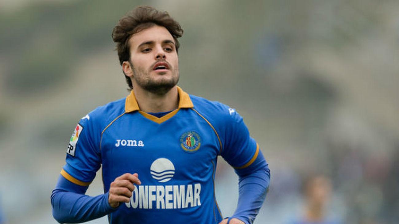 La Federación permite jugar a Pedro León y la Liga lo impide