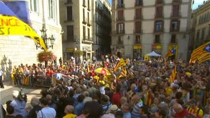 Los independentistas llaman a la movilización para poder votar el 9N
