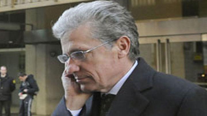 González 'cesa' a Abejas y Cafranga por el escándalo de las tarjetas de Caja Madrid