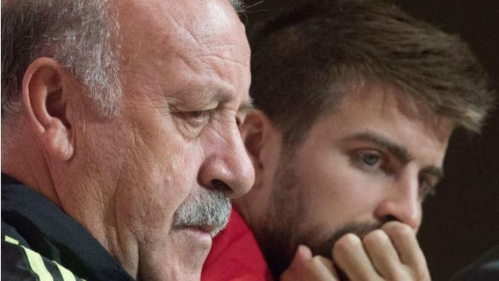 """Del Bosque: """"Hay una corriente todos contra Piqué"""""""