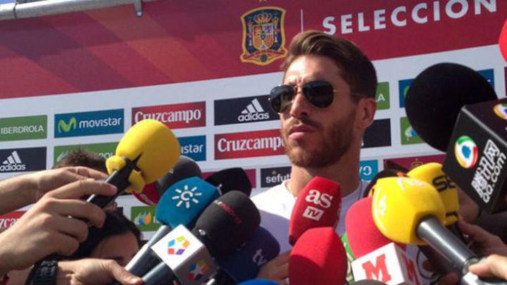 Sergio Ramos abandona la concentración de España
