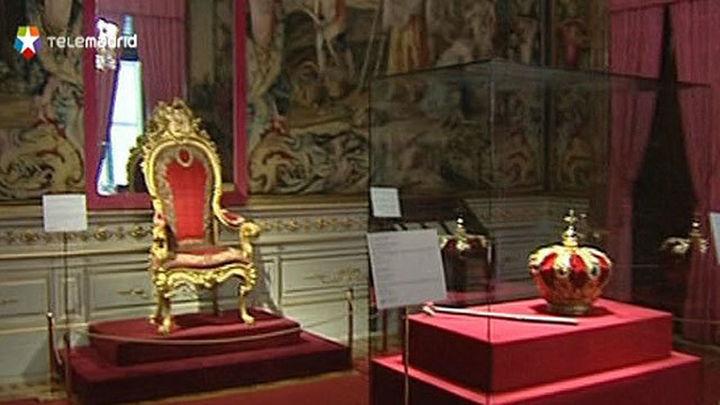 El Palacio Real exhibe desde hoy  la Corona y el Cetro reales