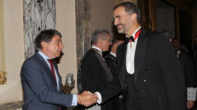 Felipe VI recibe a González