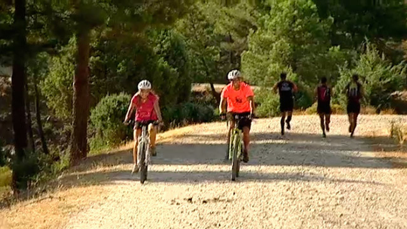 Manzanares El Real: Escalada y deportes de montaña