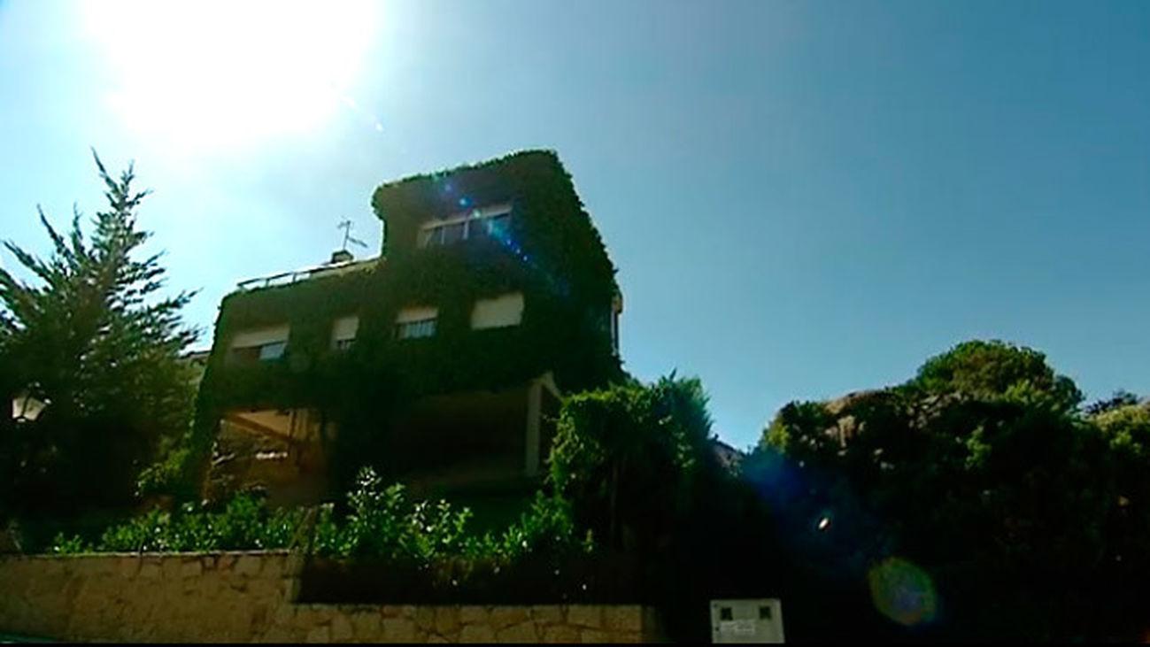 Manzanares El Real: La casa sobre la roca