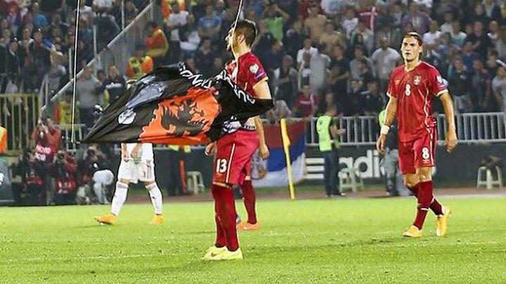 Albania pierde el partido 3-0 y a Serbia le quitan tres puntos