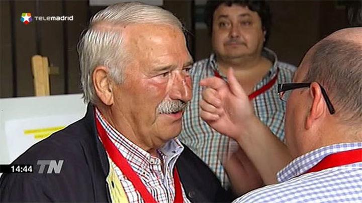 Fernández Villa alega 'síndrome confusional' y no comparece en el Parlamento asturiano
