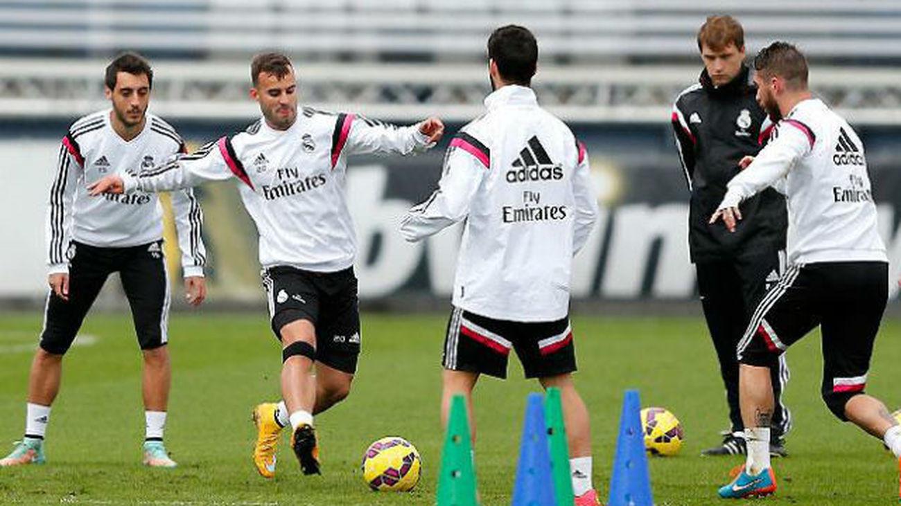 Entrenamiento del Real Madrid con Jesé