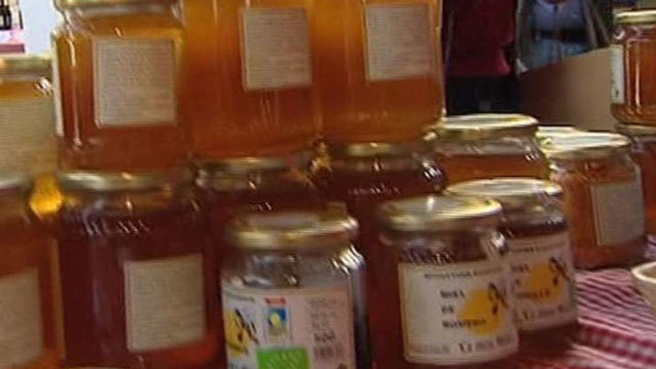 La miel madrileña, protagonista del Día de Mercado