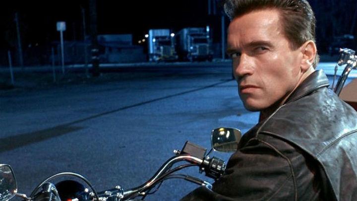 Schwarzenegger y Bruce Willis se reúnen en Callao para una tarde de cine explosiva