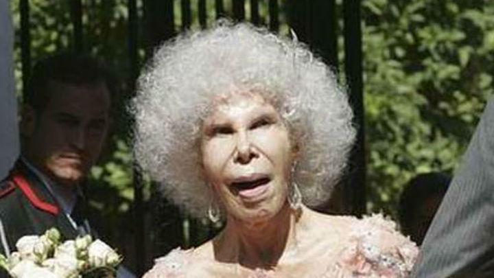 La duquesa de Alba permanece en su casa tras sufrir un empeoramiento