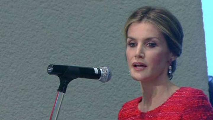 """La Reina reivindica en la FAO el papel """"fundamental"""" de la mujer en la nutrición"""