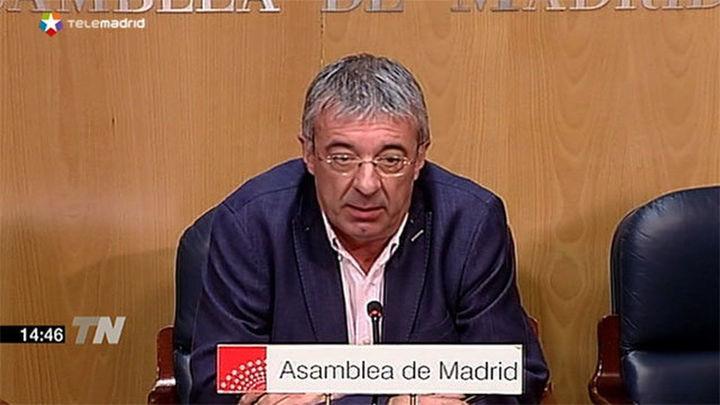 Gordo pone su cargo a disposición de la dirección de IU en Madrid
