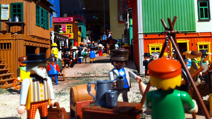 Un diorama de Playmobil rendirá homenaje a los 'gamusinos'