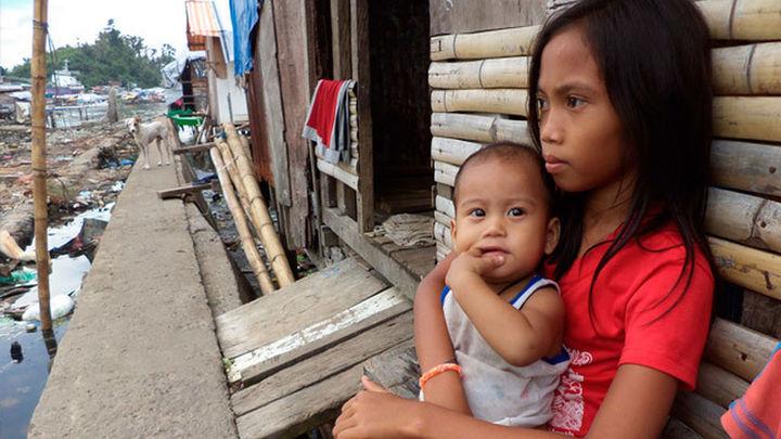 Al menos 21 muertos en Filipinas por el paso del Hagupit, según Cruz Roja