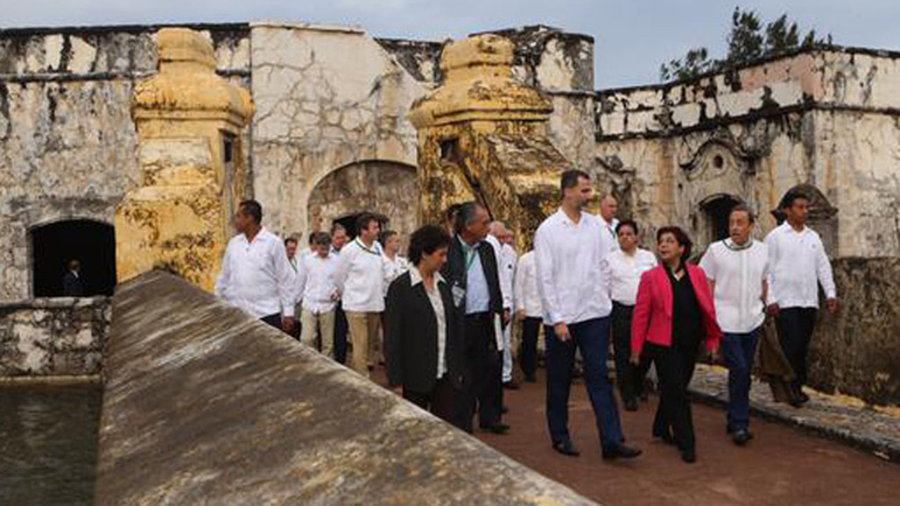 Felipe VI muestra su satisfacción por la acogida recibida en Veracruz