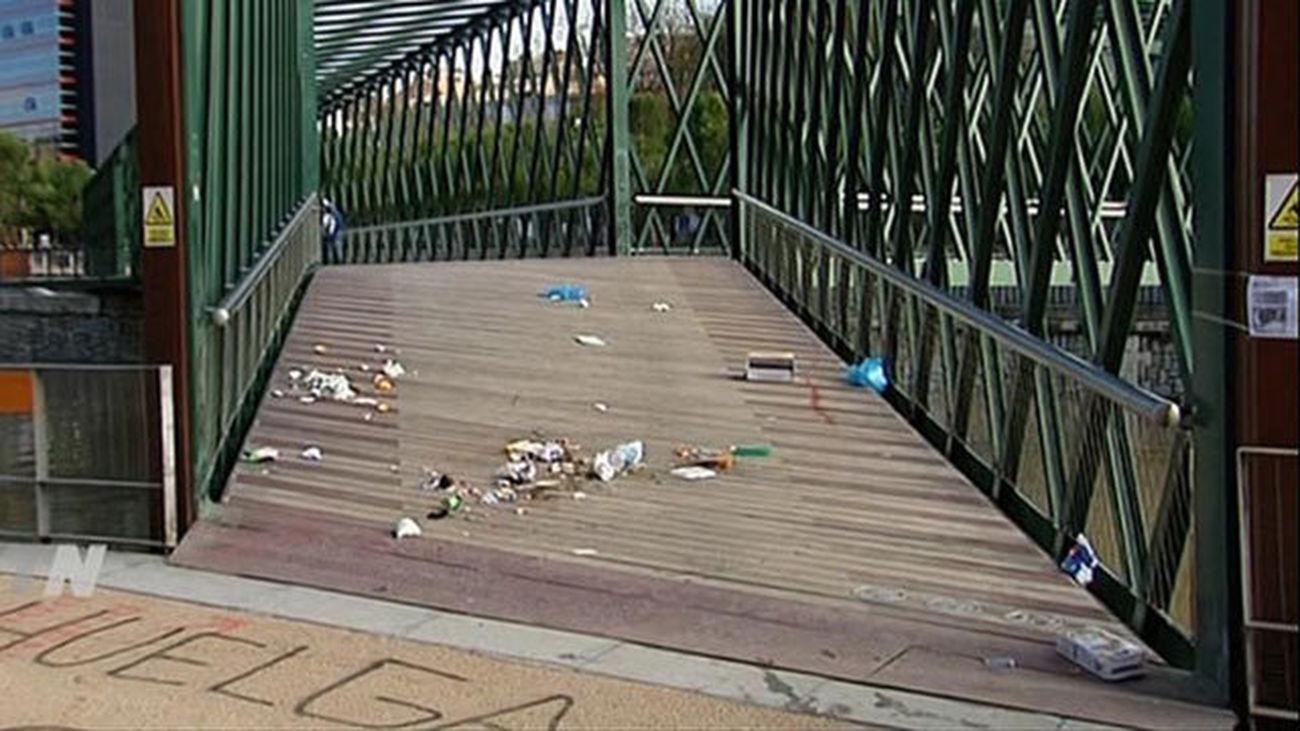 Huelga de limpieza en Madrid Río