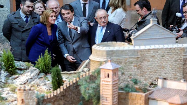 González y Cospedal visitan el Nacimiento de la Real Casa de Correos