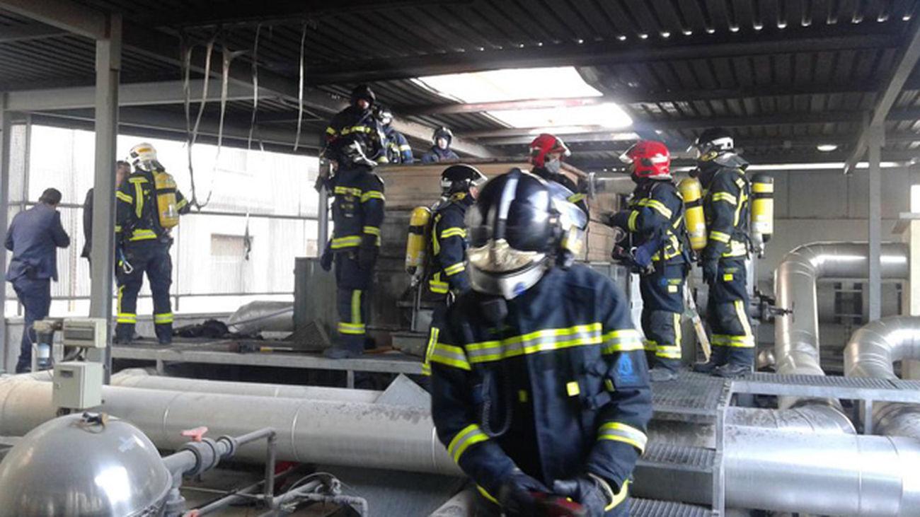 El fuego del ministerio de Defensa se originó en una torre de climatización