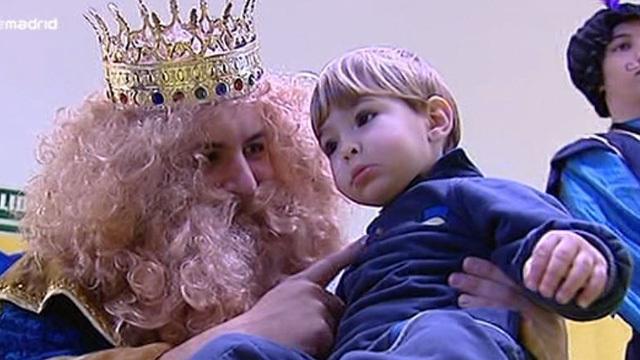 Los Reyes visitan el cole