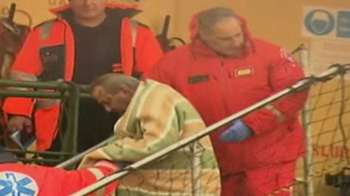 Suben a 11 los muertos del ferri y sigue incertidumbre sobre desaparecidos