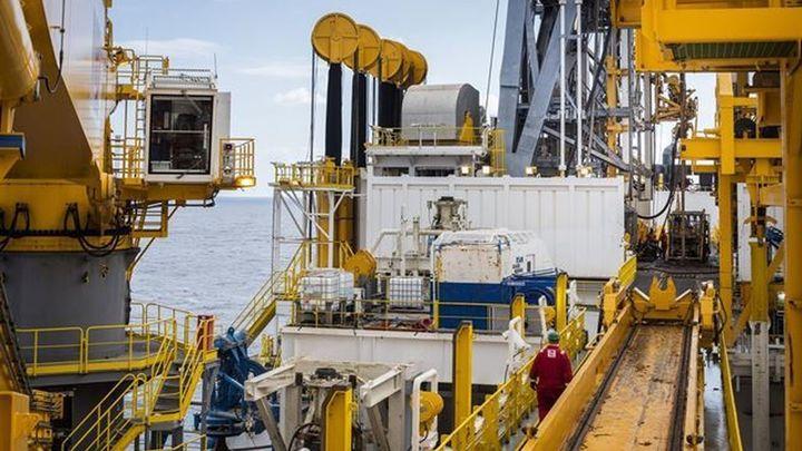 El barril de petróleo Brent marca mínimos de cinco años y medio