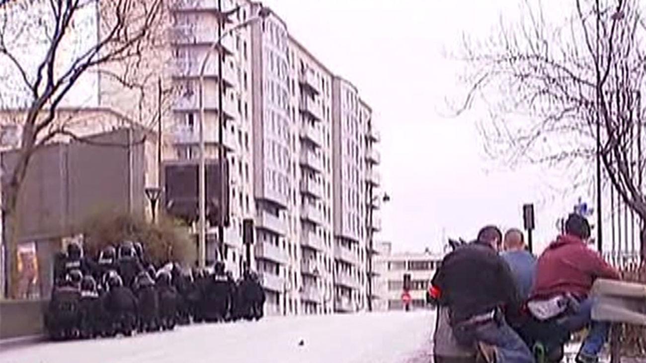 Al menos 5 muertos en el secuestro del supermercado judío de París