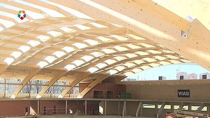 Botella visita las obras del centro deportivo Gallur