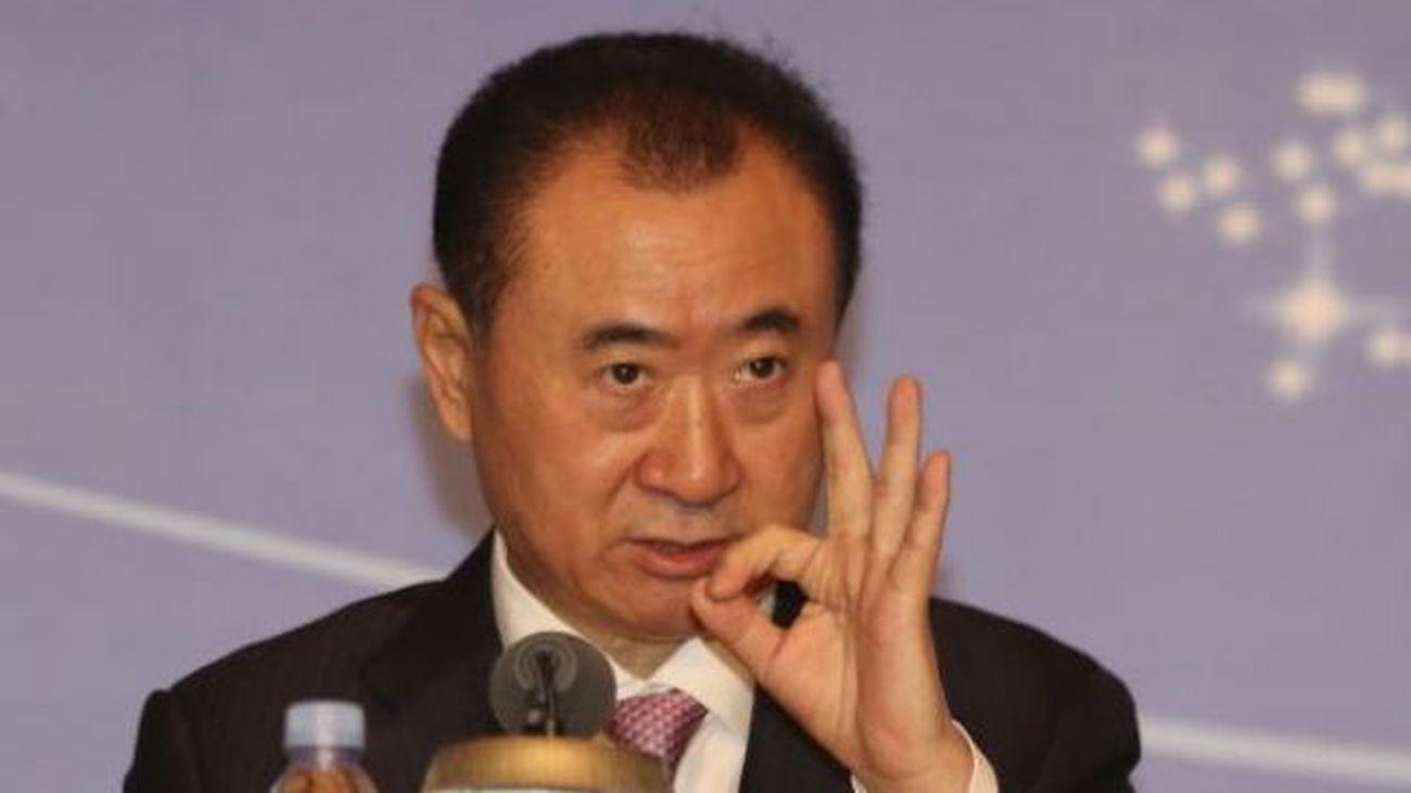 Wang Jianlin promete invertir 3.000 millones en la zona de Campamento