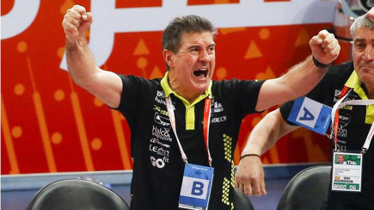 Manolo Cadenas, seleccionador español de balonmano