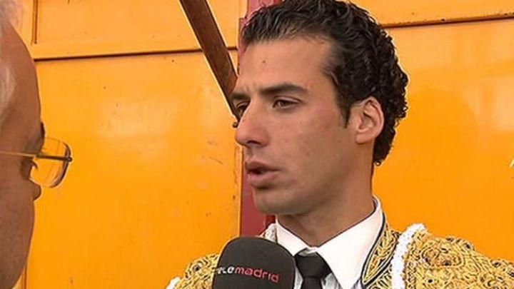 Morenito de Aranda sale a hombros en la primera corrida del 2015