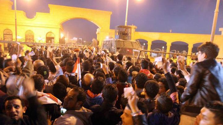 19 muertos en choques entre ultras de fútbol y policías en El Cairo