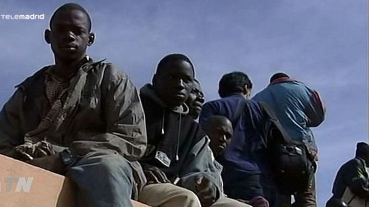 Cuarenta subsaharianos entran en Melilla tras un nuevo salto masivo a la valla