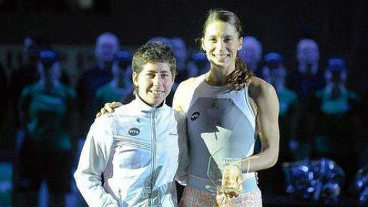 Carla Suárez se retira de la final de Amberes por una tortícolis