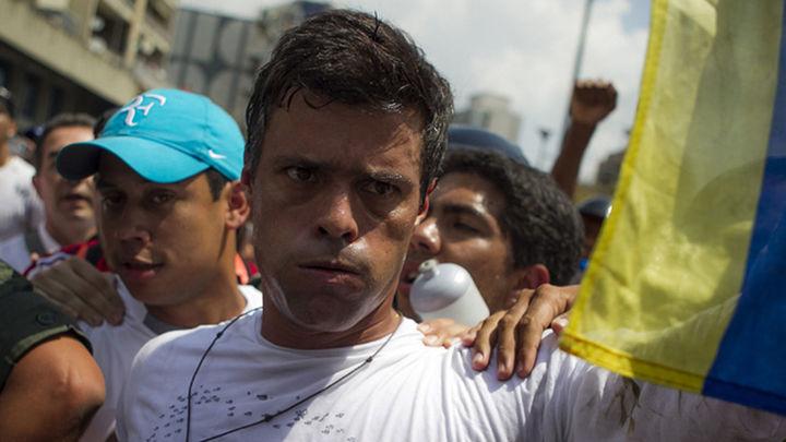 El opositor venezolano Leopoldo López cumple un año en la cárcel