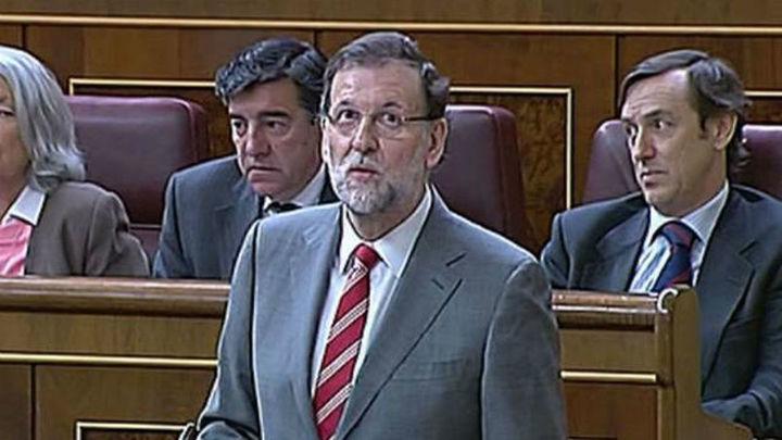 Rajoy reprocha al PSOE hacer en el Gobierno lo contrario de lo que dice antes