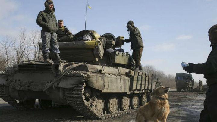 Kiev y prorrusos se acusan de violar el alto el fuego en el este de Ucrania