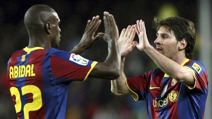 Abidal cree que Messi puede dejar el Barça para irse al PSG