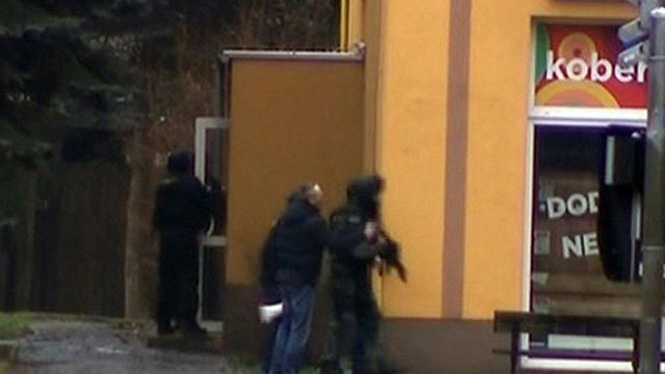 Un hombre armado asesina a 8 personas en un restaurante de la República Checa