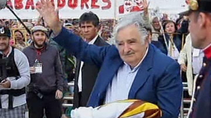 Un Mujica agradecido apela a la vida como entrega en su último discurso