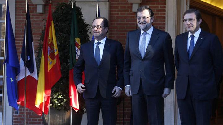 Rajoy, Hollande y Passos Coelho firman un plan de interconexiones enérgeticas