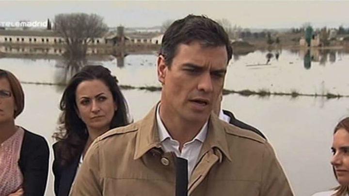 Sánchez pide a Rajoy una comisión para reparar los daños de la crecida del Ebro