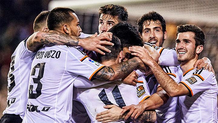 2-0. El Valencia reaccionó y el Depor sufrió tras el descanso
