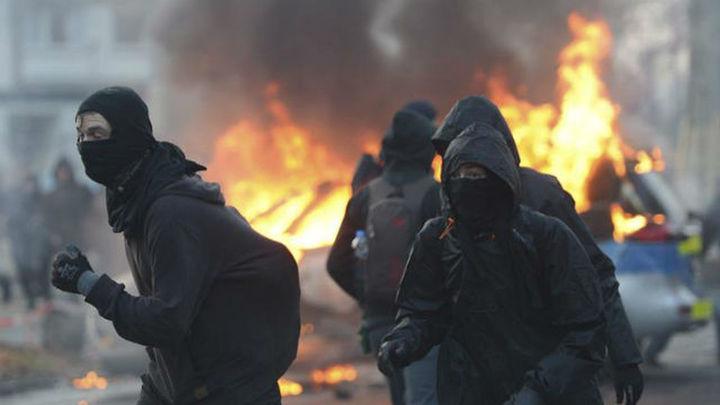 Unos 350 manifestantes detenidos en Fráncfort en la inauguración de la sede del BCE